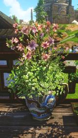 クローバー柄のツツジ花瓶.jpg