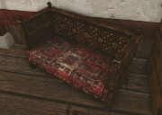 君主の寝室ソファー.jpg