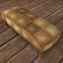 君主の金刺繍の白いソファー.jpg